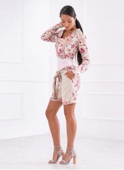 """Комплект """"ROSE"""" от късо асиметрично сако и къс панталон"""