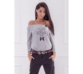 Тениска с щампа панделка в сиво меланж